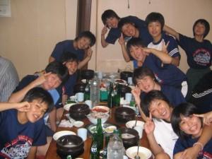 韓国料理を楽しむ