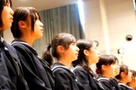 ニュージーランドの歌を生徒全員で合唱