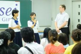 英語スピーチのデモンストレーション