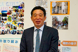 文部科学省国際教育課課長の小幡泰弘さん