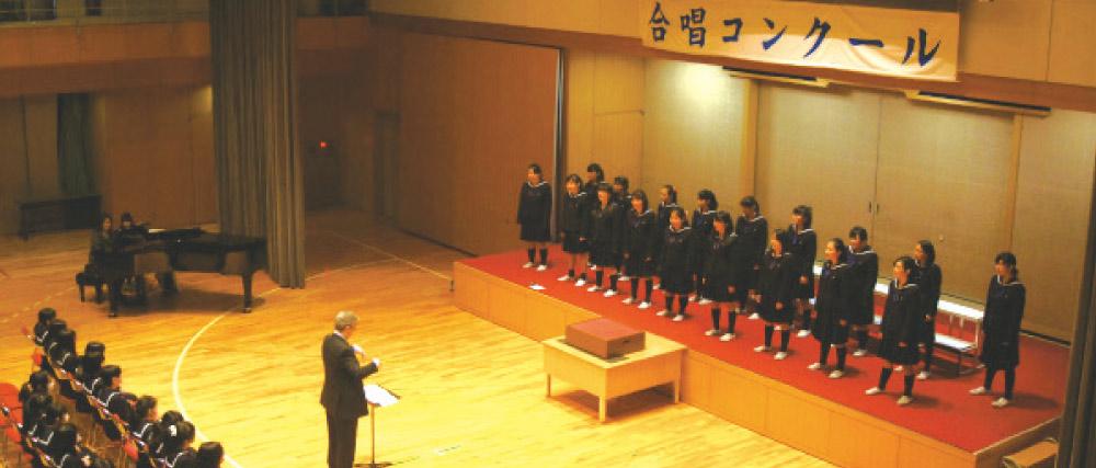 合唱コンクールステージ。