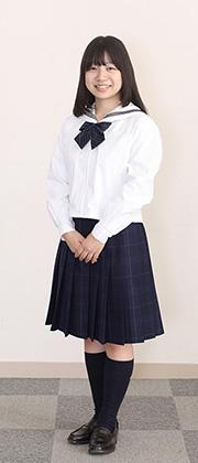 冬服を着た生徒
