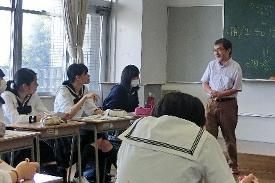 上村英明教授 / 恵泉女学園大学